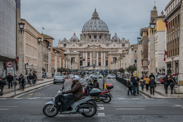 The Vatican For Kids (Private Tour) image