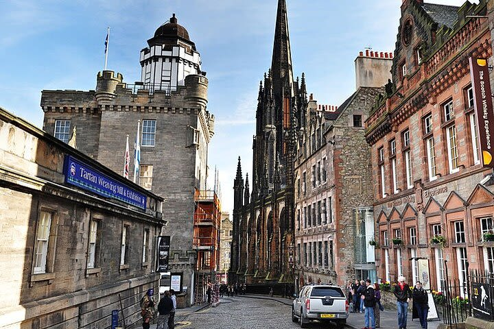 Harry Potter's Edinburgh: Explore the city on an self-guided audio walking tour image