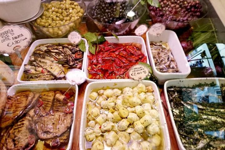 Dine Around Florence: An Authentic Evening Wine & Food Tour image