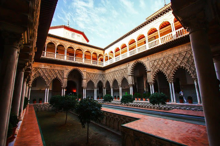 Alcazar and Cathedral of Seville Private Tour image