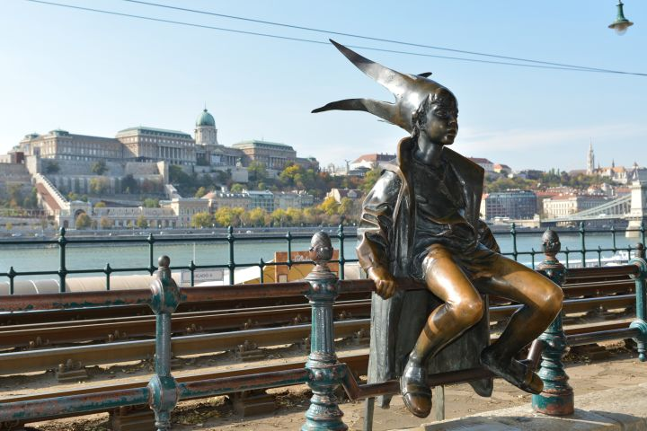 Budapest at First Glance: Downtown Walk #225120 image