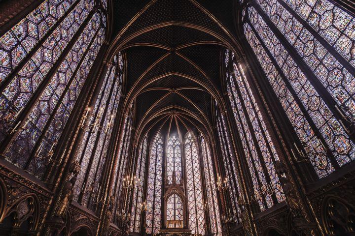 Heart of Paris: Île de la Cité, Seine Cruise, River Walking Tour, and Skip-the-Line Sainte Chapelle image