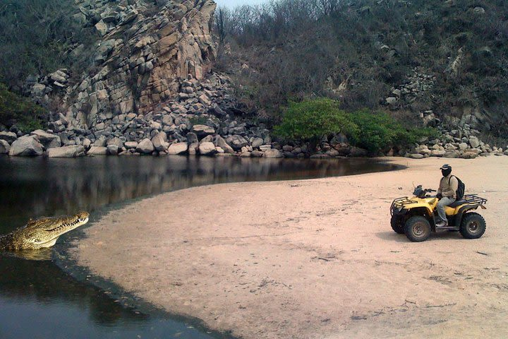 Huatulco Bays in ATV  image