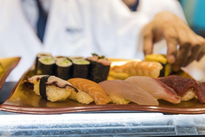 Kabukicho Izakaya Food Tour and Golden Gai Experience in Shinjuku image