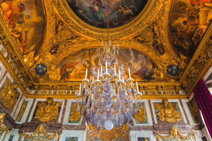 Closing Time at Versailles: Small Group Versailles Tour After the Crowds with Gardens or Fountains Show image