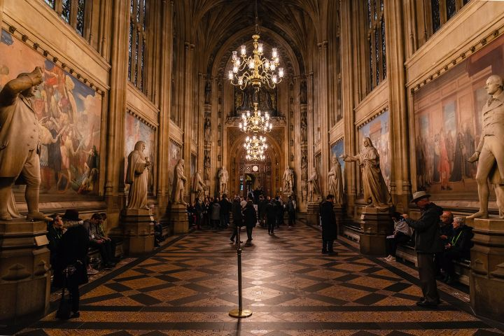 Behind the Scenes Parliament Tour - Fully Guided Tour at Closing Time image