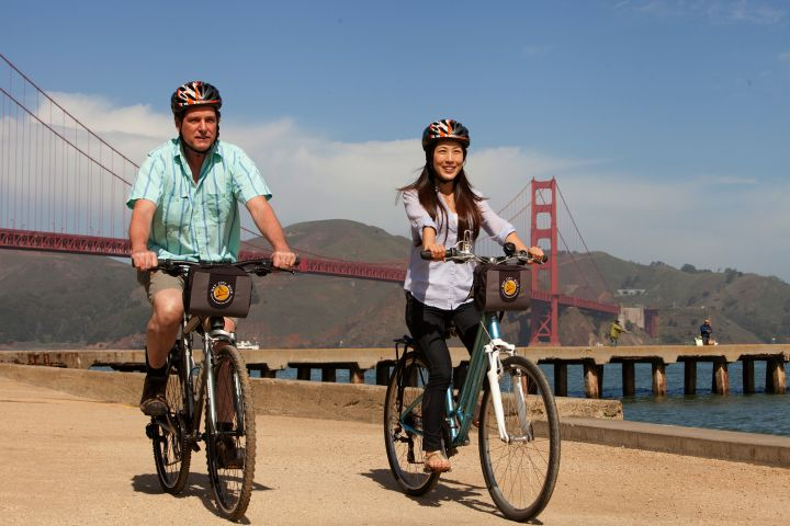 Golden Gate Bridge to Sausalito Guide Bike Tour image