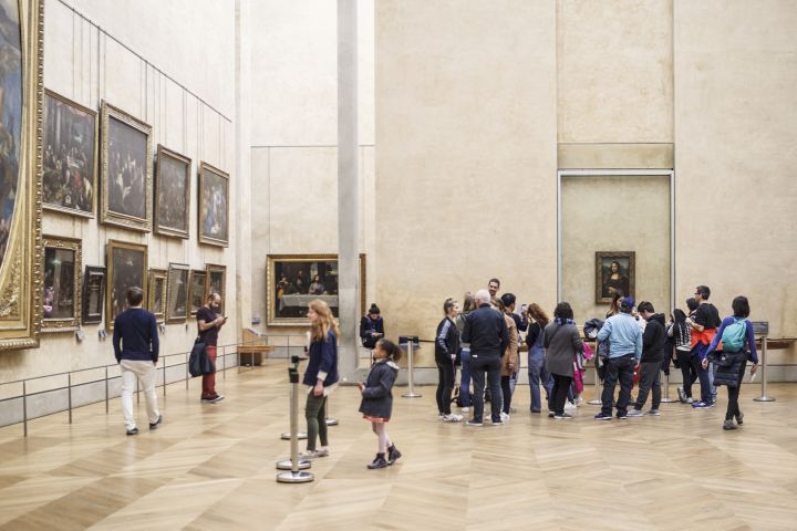 Louvre Highlights Tour: Mona Lisa, Venus de Milo & Winged Victory image