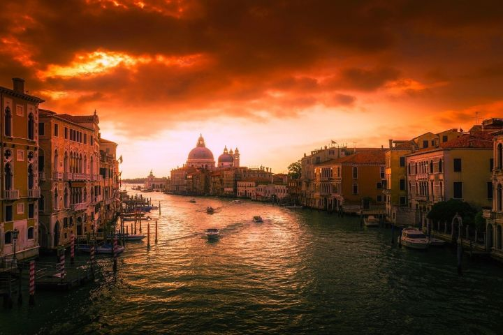 Venetian Markets at Dawn (Private Tour) image
