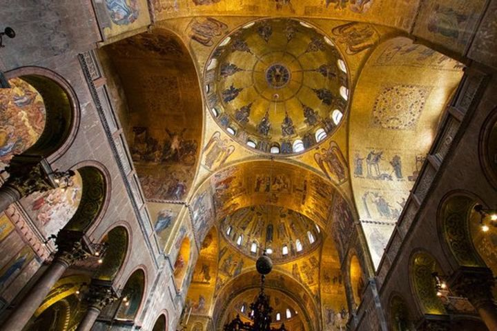 Exclusive Alone In St. Mark's Basilica After Hours image