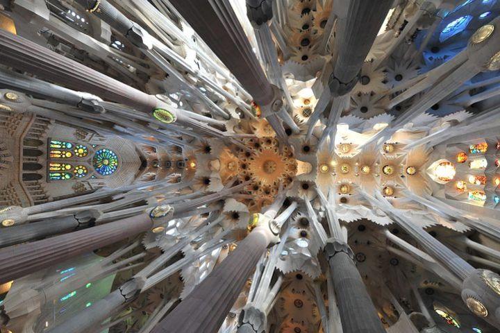 Sagrada Familia Private Tour in Barcelona image