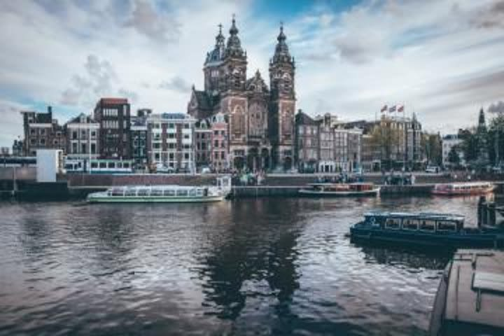 Full Day Private Highlights Tour including Tickets: Canal Cruise and Amsterdam's Architecture image