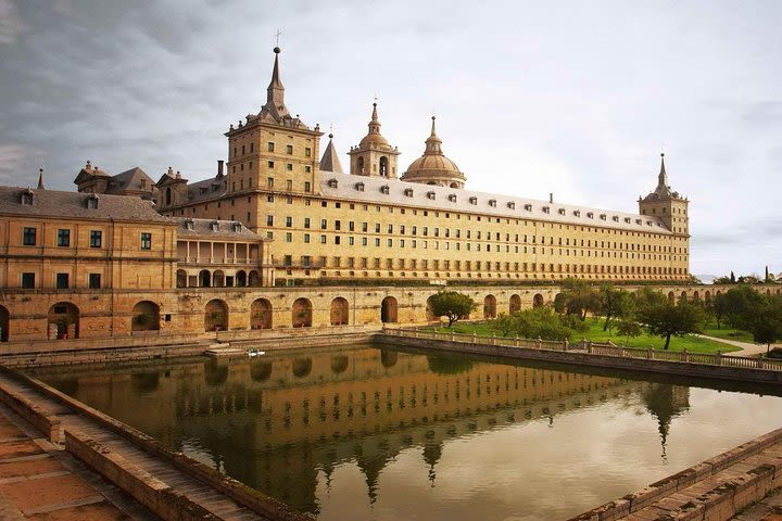 El Escorial and Valley of the Fallen Private Tour image