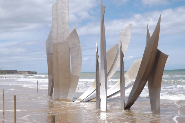 Omaha Beach & U.S. D-Day Sites Half Day Trip From Bayeux (Private) image