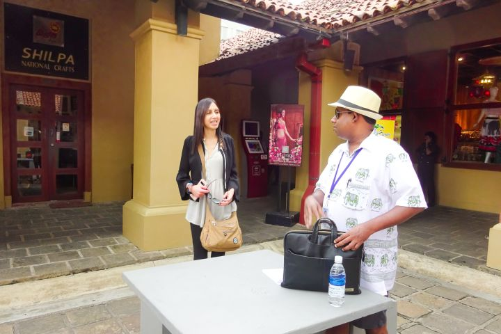 Colombo City Walk with a Local image
