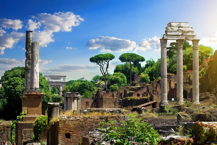 Roman Forum: An Immersive Self-Guided Audio Tour image
