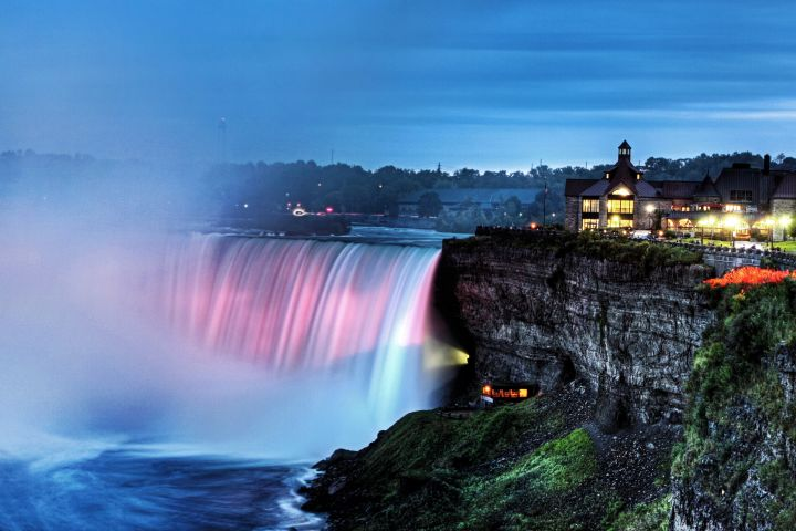 Niagara Falls Day & Night Tour with 3-Course Dinner image