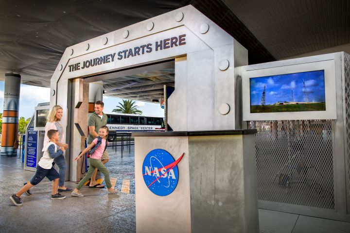 Kennedy Space Center Tour with Airboat Ride image