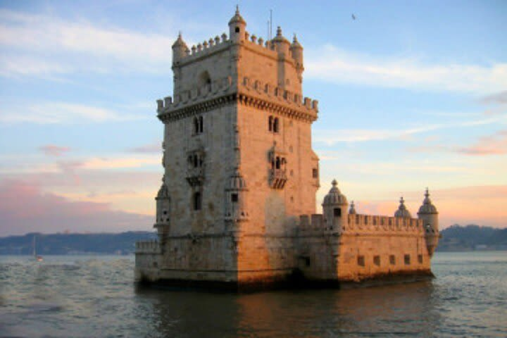 Private Guided Tour of Beautiful Belém with skip the line tickets image