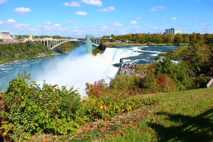 Niagara Falls from Both Sides Full Day Tour Plus Lunch image