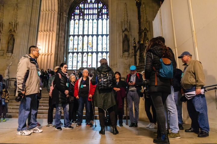 Exclusive Houses of Parliament Tour with Guided Visit & Skip the Line Westminster Abbey Tour image