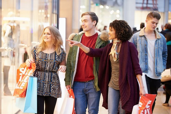 Private tour: Boston & Woodbury Common Outlets from New York image