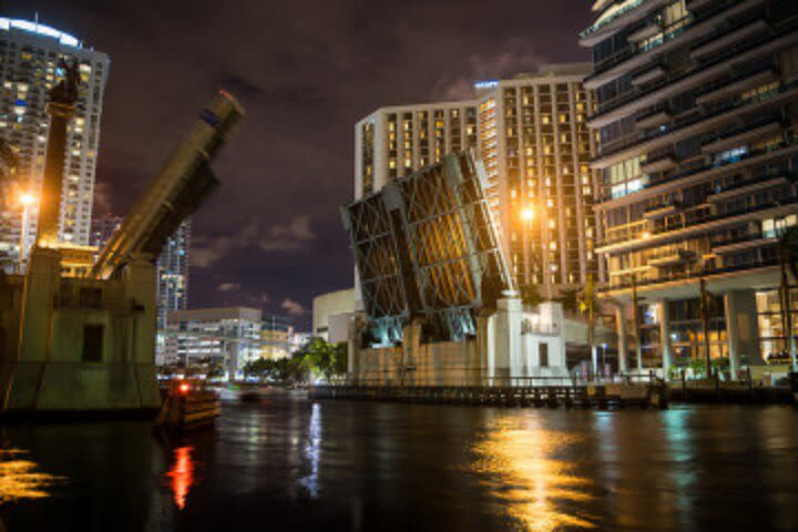 Miami By Night: Private Driving Tour image