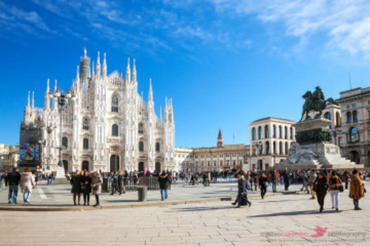 Private Walking Tour of Milan with a Local inc a free drink image