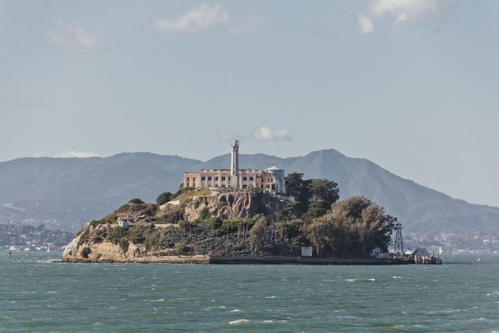 Alcatraz Island Ticket with Chinatown Tour & Fortune Cookie Factory  image