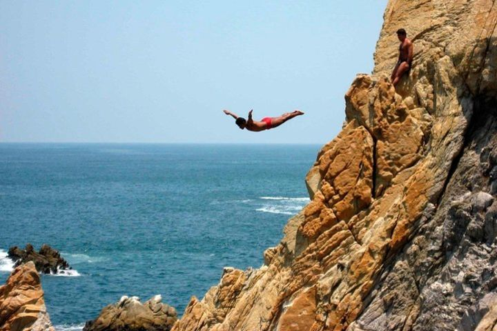 City tour with Diving Show in Acapulco image