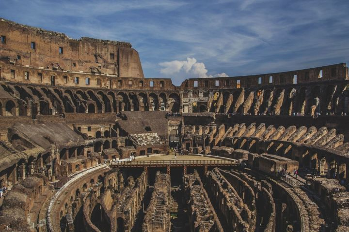 The Colosseum and Forum for Kids (Private Tour) image