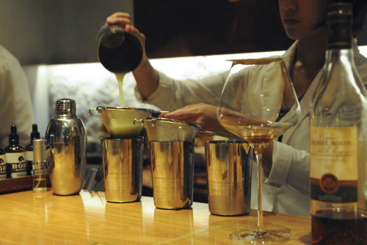 Luxury Tokyo Sake, Cocktail, Whisky and Pairing Tour image