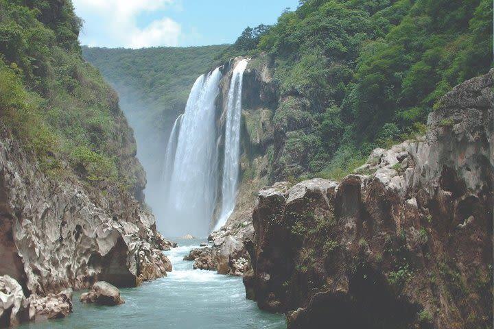Montebello Lagoons & Chiflón Waterfall from San Cristobal de las casas or Tuxtla image