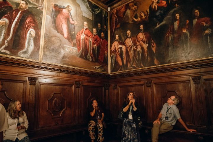 Exclusive Alone In St. Mark's And Doge's Palace Tour image