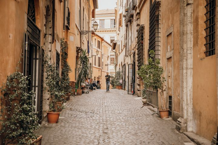 Rome Food Tour with Pizza-Making, Trattoria Tastings & Gelato image