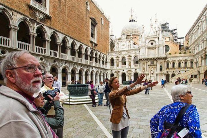 Legendary Venice St. Mark's Basilica and Doge's Palace image