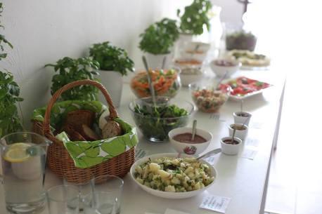 Roślinny bufet weekendowy