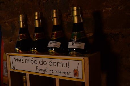 Piwo z miodem i znajomymi