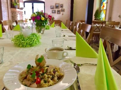 Impreza okolicznościowa z ekologicznymi daniami