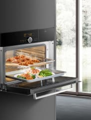 Ovens build in combination