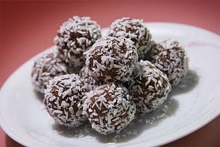 Superlätta Chokladbollar Recept Och Råvarukunskap Spisanu