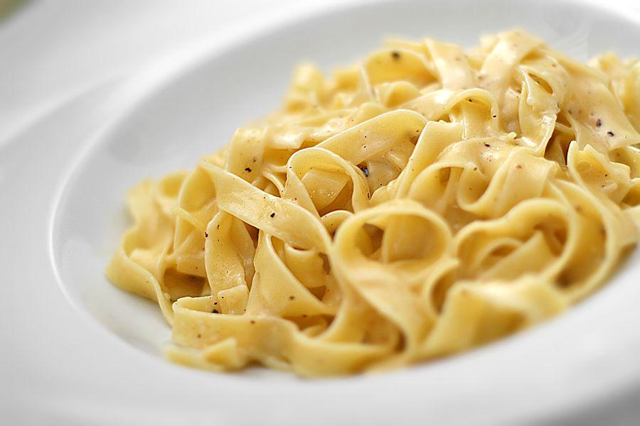 recept pasta alfredo