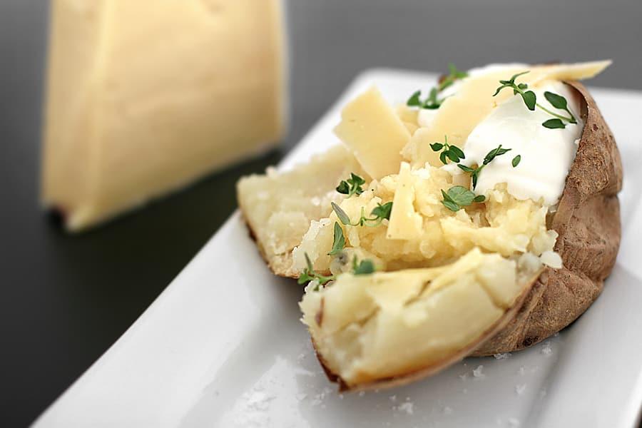 Bakad potatis med parmesan
