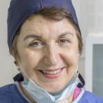dr دكتور نادية  لزرق , طبيب أسنان, اخصائي في زرع الأسنان à Casablanca