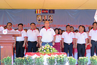 Hun Man's lawmaker urges youth to...