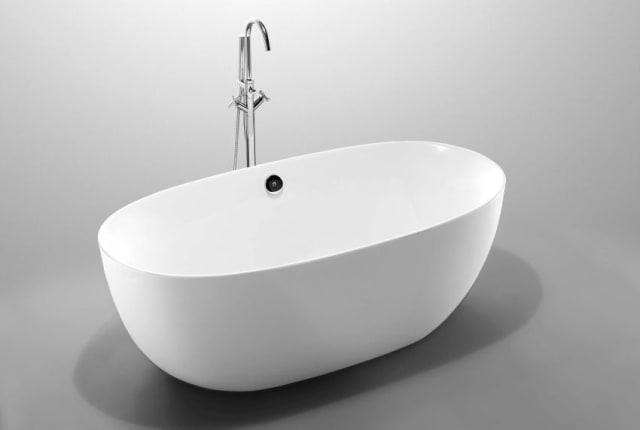 Lorenzo Freestanding Bath