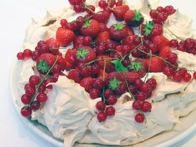 Awesome Berry Blast Pavlova Cake  Denistone West