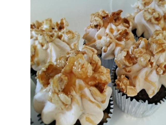 Choc-Caramel Pop Cupcakes Nakara