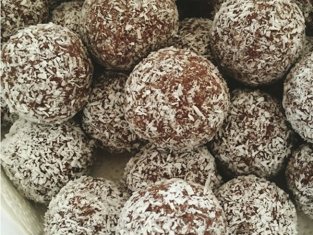 Chocolate and Baileys Truffles Nakara