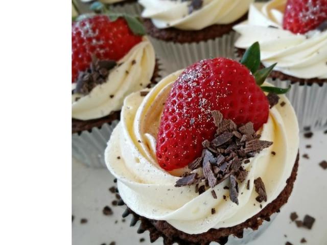 Chocolate Sundae Cupcakes Nakara